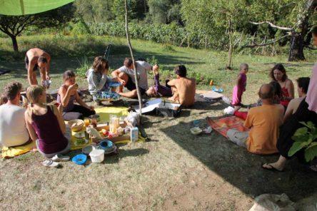 Mittagessen beim Sommer-Camp 2012