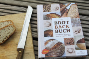 Foto des Covers vom Brotbackbuch (Ulmer Verlag)