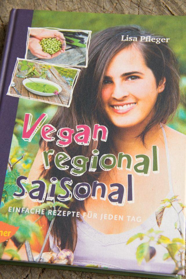 """Foto von Titelbild """"Vegan, regional, saisonal"""""""