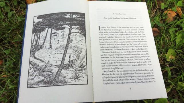 Foto von der ersten Doppelseite des 1. Kapitels von Momo