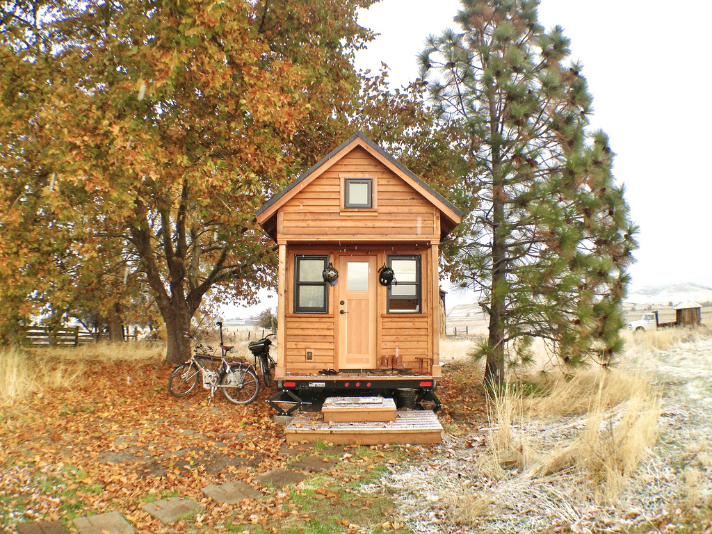 tiny house inside Foto