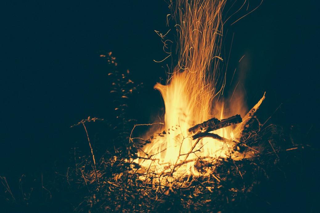 bonfire Foto