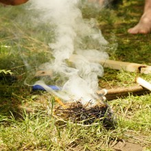 Feuer machen mit dem Bowdrill