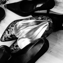 Foto von Stöckelschuhe auf einem Haufen