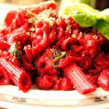 Foto von Rote Rüben Halloween Pasta