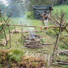 Wildnis Shelter als Gerüst.