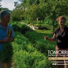 Szene aus dem Film Tomorrow: Charles und Perrine Hervé-Gruyer in ihrem Gemüsegarten